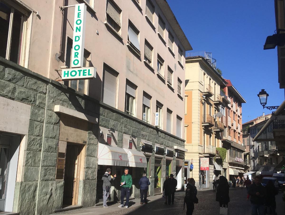 Esterno Hotel Leon D'Oro